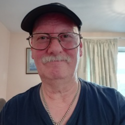 Robert is looking for singles for a date