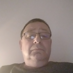 Spiceman is looking for singles for a date