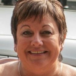 Julie (51)