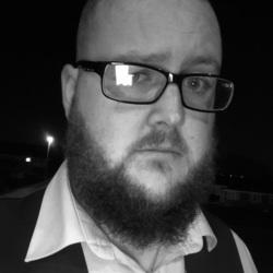 Dan (32)