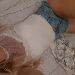 sexting  Jessica in Farcet