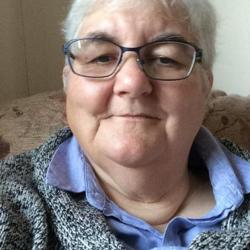 Deborah is looking for singles for a date
