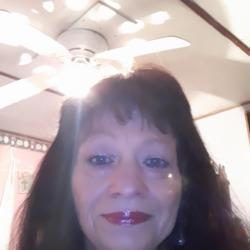Vickie (52)