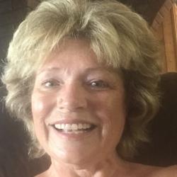 Angela (59)