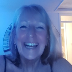 Debs is looking for singles for a date