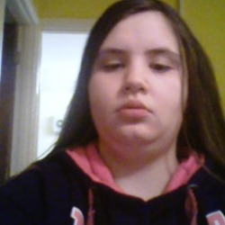Caitlin is looking for singles for a date