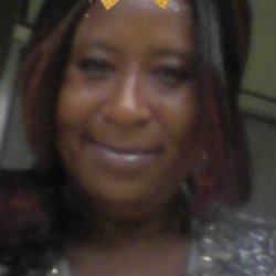 Debrahooper is looking for singles for a date