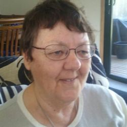Mary-Anne is looking for singles for a date