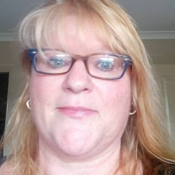 Raelene, 50 from Victoria