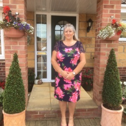 Debbie is looking for singles for a date