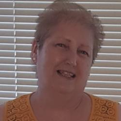 Pauline (60)
