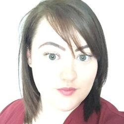 Danielle (25)