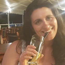 Natalie (37)