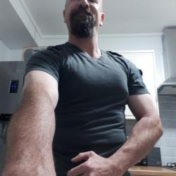 Andrew (46)