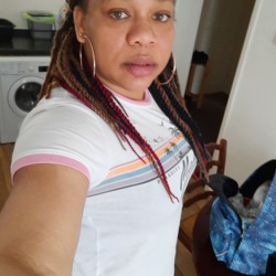 Erica is looking for singles for a date