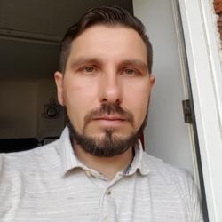 Alex (39)