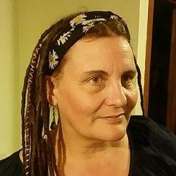 Patricia, 50 from Victoria