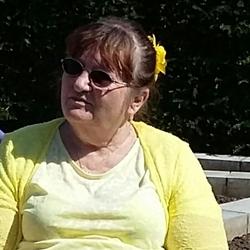 Veronica (64)