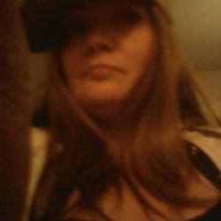 Tammyann, 35 from Ontario