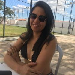 Tonya is looking for singles for a date