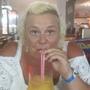 Kirstie (45)